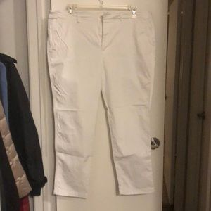 Stretchy white Ralph Lauren pants
